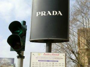 パレルモ空港行きバス停