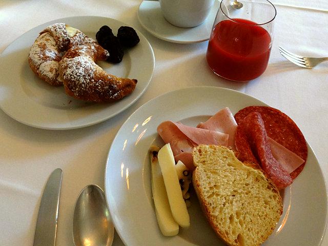 モディカのホテル朝食