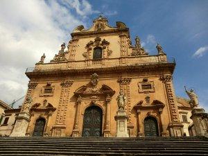 モディカ・バッサの大聖堂