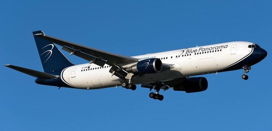 Blue Panorama con un aereo fermo a Cayo Largo  Italiavola