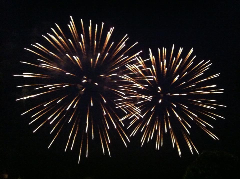 ヴェネツィア 運河に浮かぶ花火