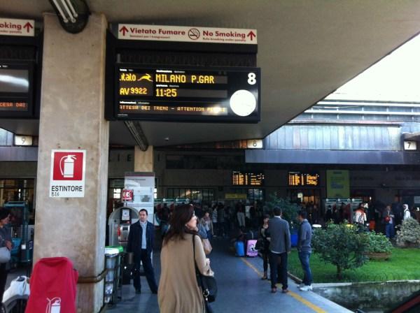フィレンツェ駅 イタロ到着