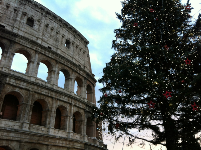 クリスマスのコロッセオ