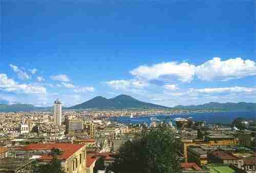 The Complete Guide to the Bay of Naples