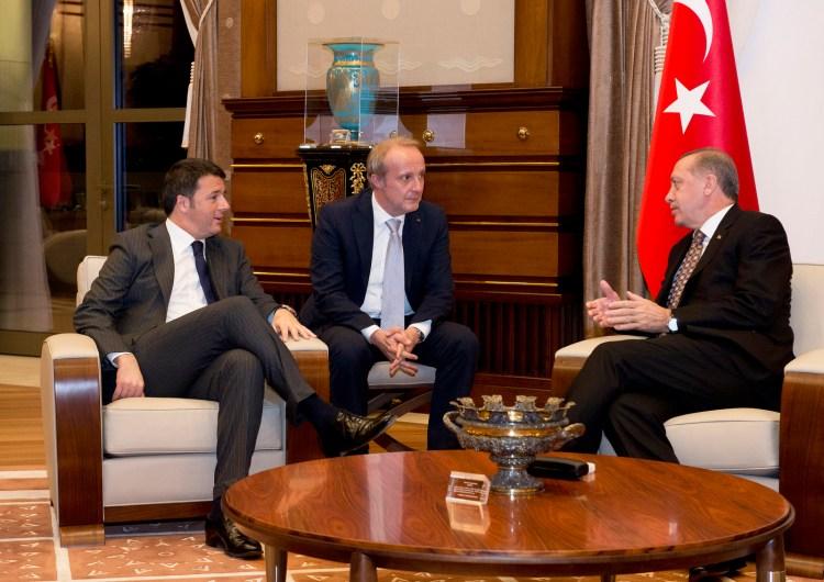 Erdogan, Nizza e lo spirito costituzionale di Renzi e Boschi.