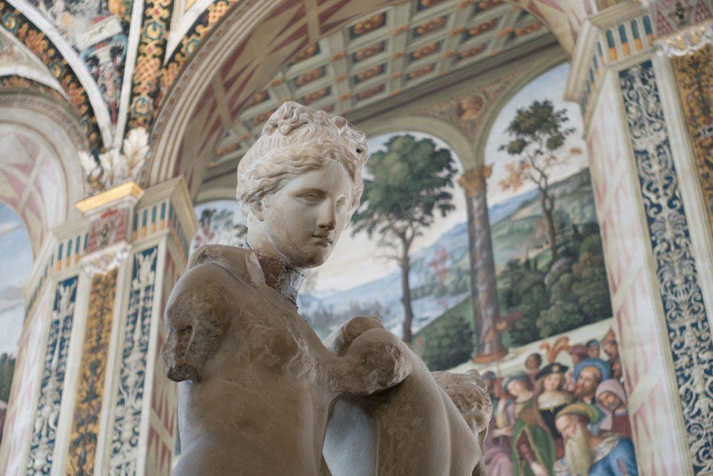 Siena statua