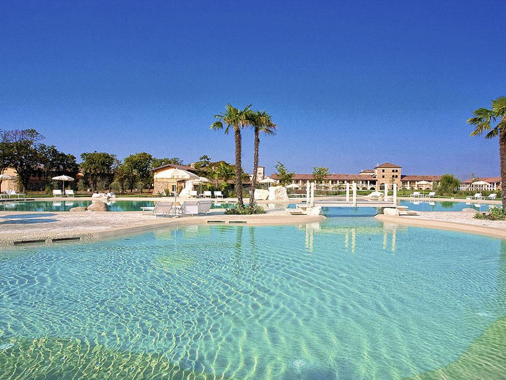 chervo - piscina - Italy4golf