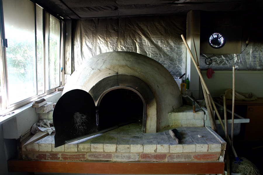 pizza oven-rose creek estate-italy on my mind