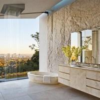 michael-bay-los-angeles-villa-suite-bathroom-bagno-travertine-pietra-di-rapolano