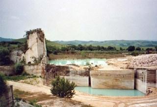 cava-pietre-di-rapolano-pietre-di-rapolano-quarry.jpg