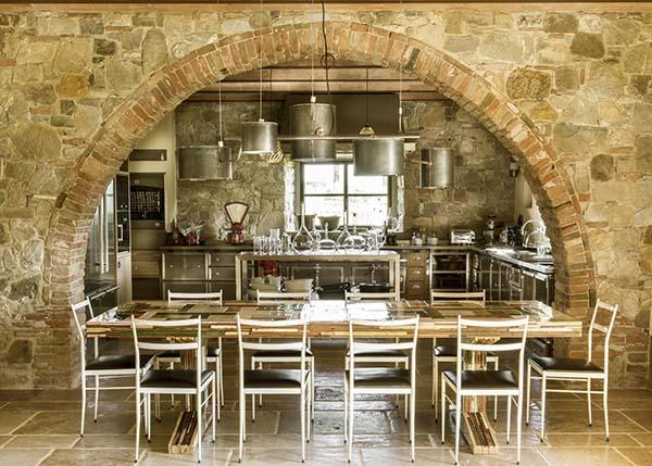 Casa colonica con interni raffinati - Pavimenti interni casa ...