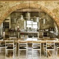 Casa colonica con interni raffinati