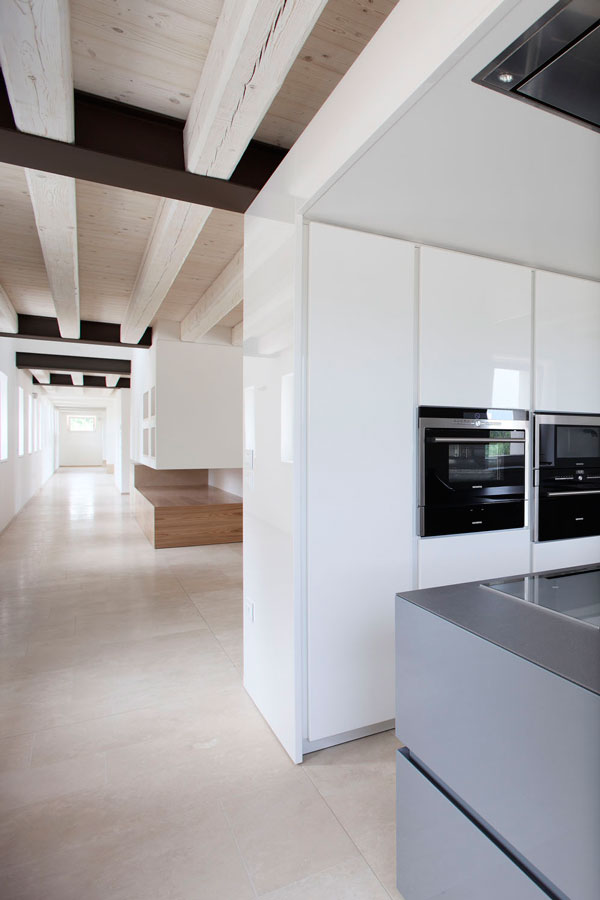cucina sala da pranzo pavimenti travertino treviso