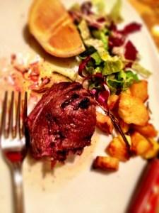 """My """"secondo"""" - """"Filetto di manzo"""" (filet mignon) served al sangue (rare)"""