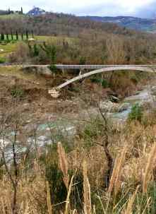 Il Parco dei Mulini, dove le acque sulfuree di Bagno Vignoni si gettano nel fiume Orcia - ItalyzeMe CC BY-NC-ND 2.0