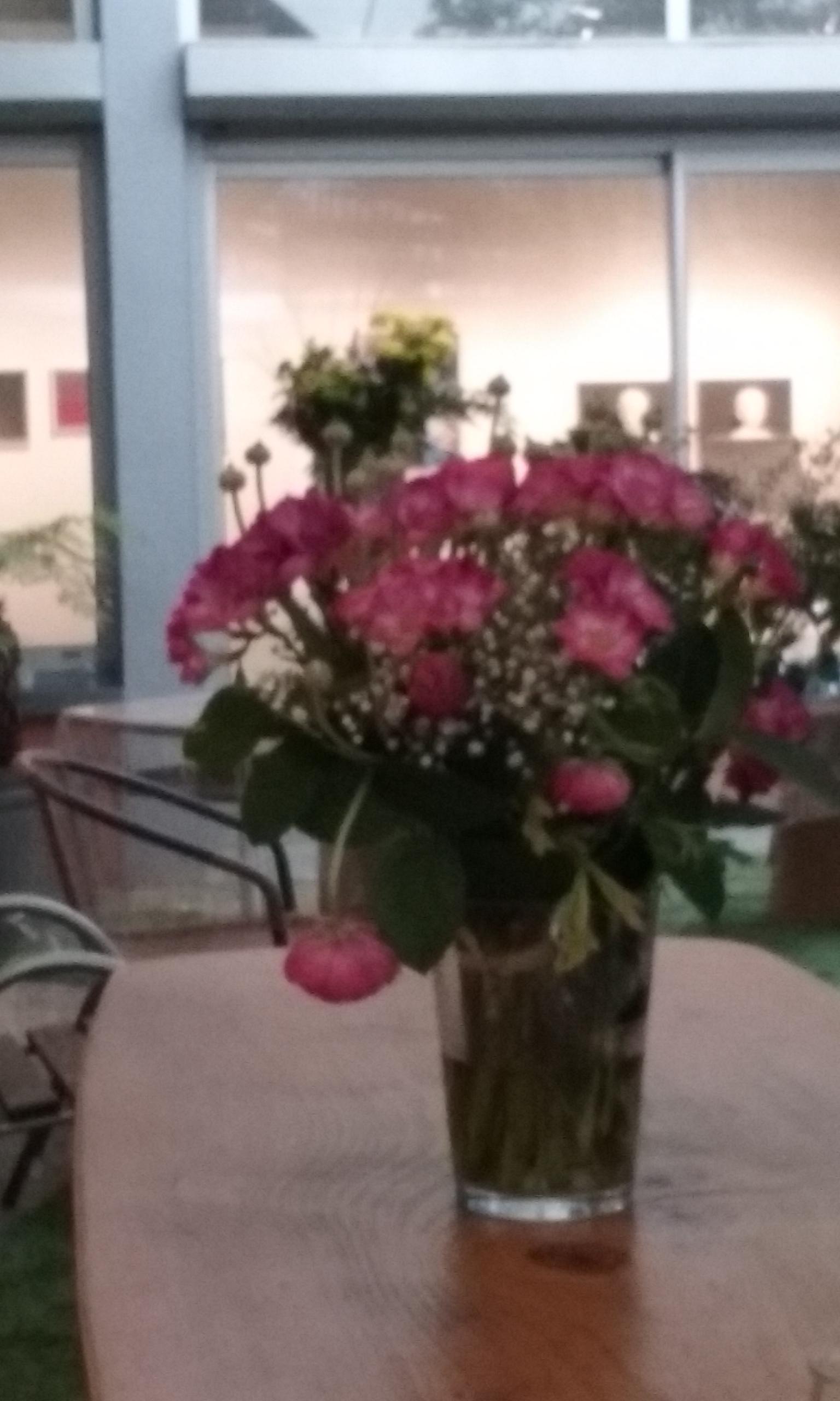 un bouquet de fleurs dans le patio... ©VGS