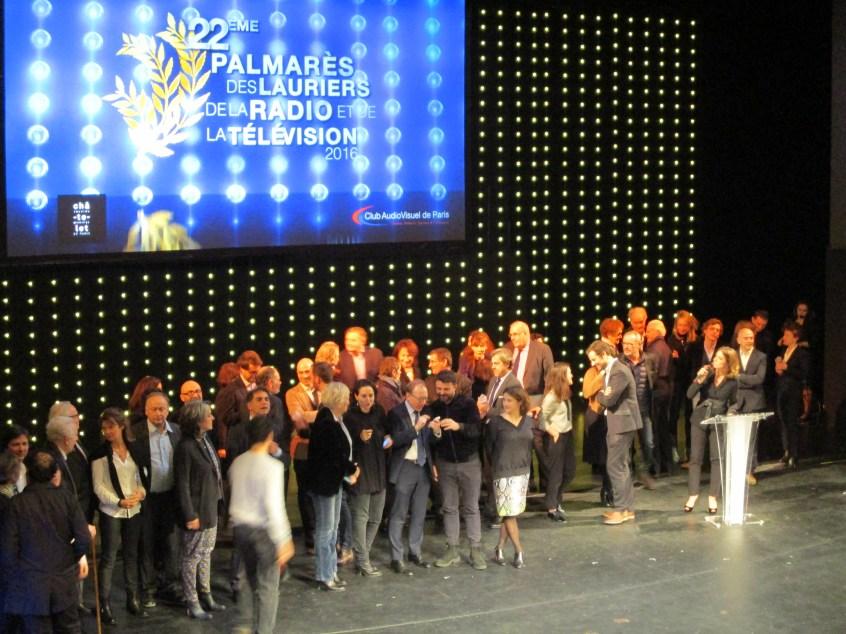 les lauréats et l'équipe d'organisation