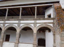 La galerie aux douze colonnes
