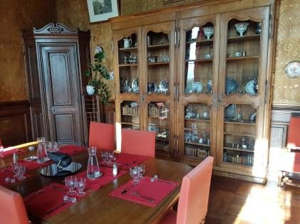 La salle à manger du château où les étudiants prennent leurs repas.