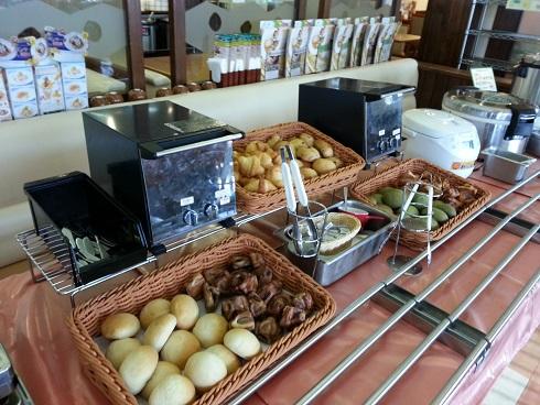 ファミリーレストラン、COCO`S伊丹池尻店で早朝7時よりモーニングはおすすめ!