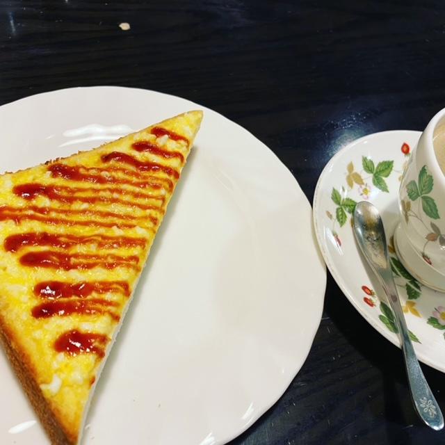 宝塚・JR中山寺駅近く、珈琲屋らんぷ で7時からモーニングはおすすめ!