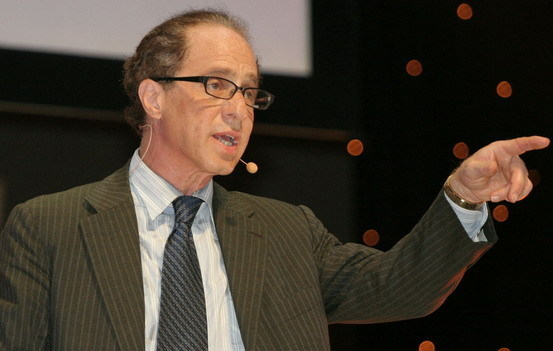 Футурист Рэй Курцвейл занял в Google пост Директора по вопросам разработки