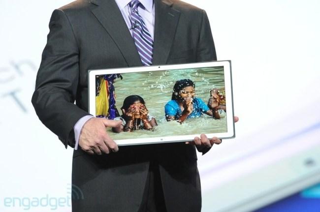 Panasonic показала на CES 20-дюймовый Windows-планшет с разрешением 4К