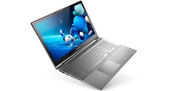 Samsung показала компактный ноутбук и ультрабук Series 7