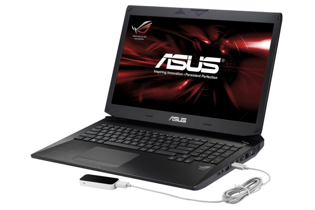 ASUS_G750_with_LeapMotion