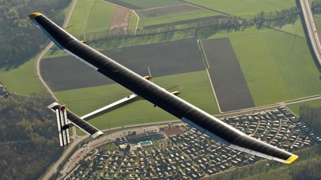 Беспилотный самолет, разработанный NASA Ames Research Center, способен на солнечной энергии пролететь от восточного побережья США до западного