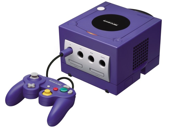 Консоль GameCube (2001 год)