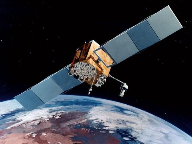 Запущенный в этом году экспериментальный GPS-спутник USA-242 может похвастаться длительным временем работы (более 10 лет) и более точным позиционированием (до полуметра)