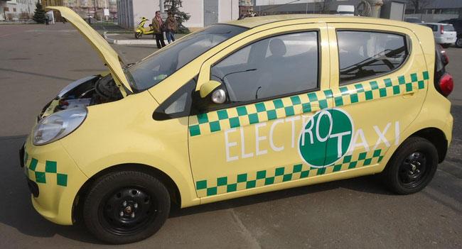К следующему курортному сезону в Крыму могут начать работу такси на базе электромобилей