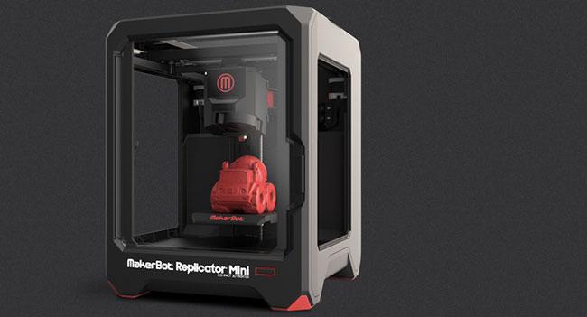 MakerBot анонсировала новые 3D-принтеры Replicator Mini и Z18
