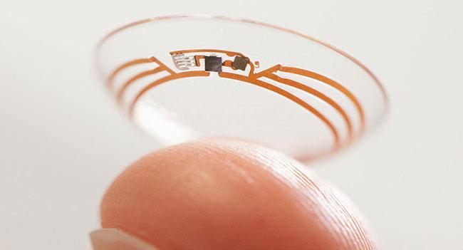 Google разрабатывает «умную» контактную линзу, способную измерять уровень глюкозы