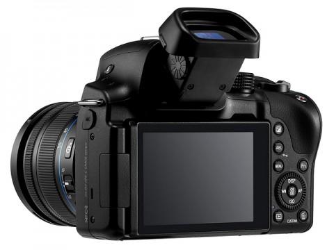 Samsung продемонстрирует беззеркальную камеру Galaxy NX30 во время CES 2014