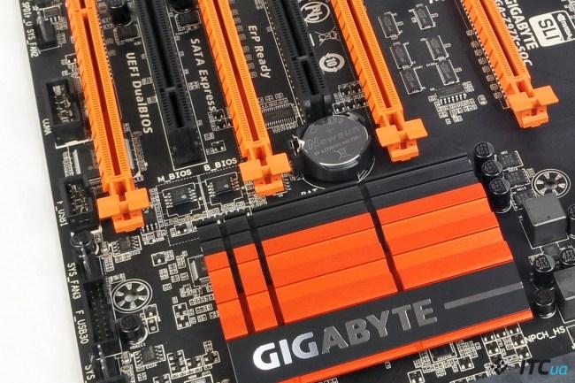 GIGABYTE_GA_Z97X-SOC_9