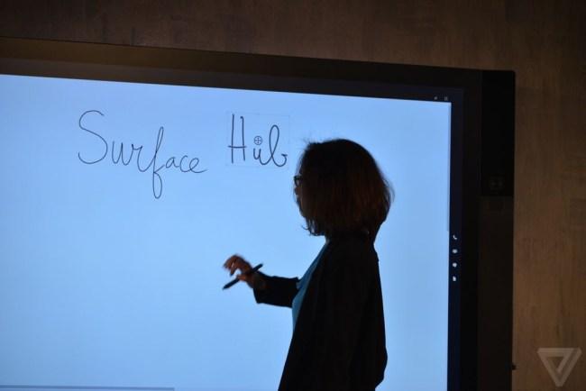 Microsoft Surface Hub (2)