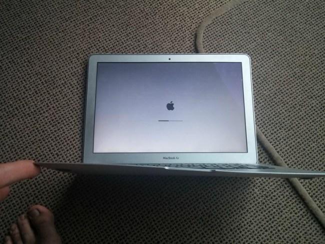 macbookaircrashed