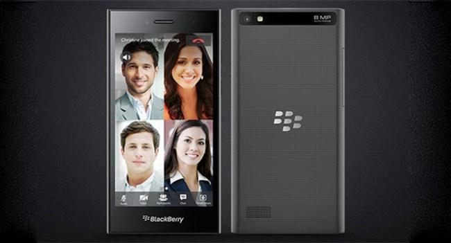 BlackBerry показала на MWC 2015 парочку новых смартфонов Leap