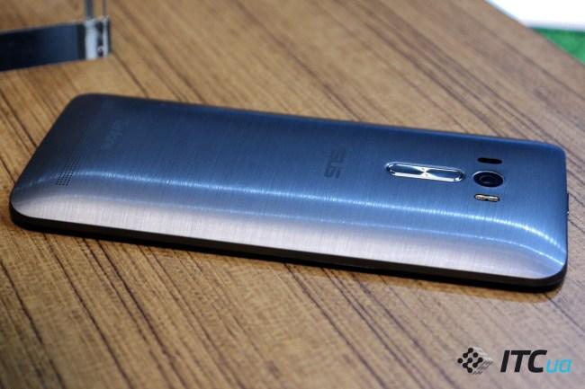 ASUS ZenFone Selfie (3)