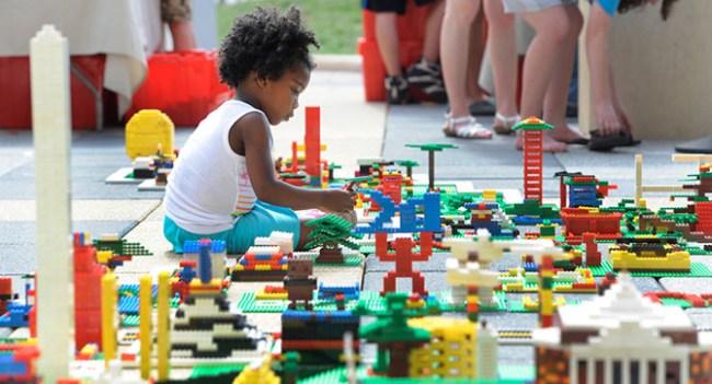 Lego разрабатывает экологически чистый пластик для своих игрушек