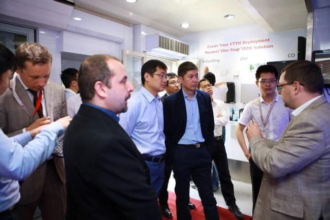 Press_Release_Huawei_5_lr