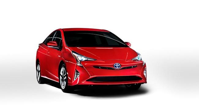 Toyota представила гибридный автомобиль Prius четвёртого поколения
