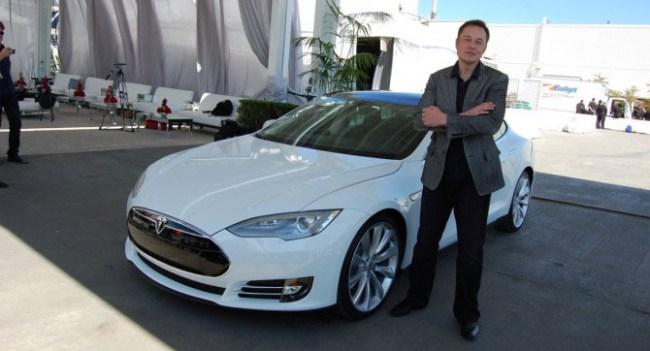 Илон Маск назвал «общеиизвестным секретом» планы Apple по созданию электромобиля