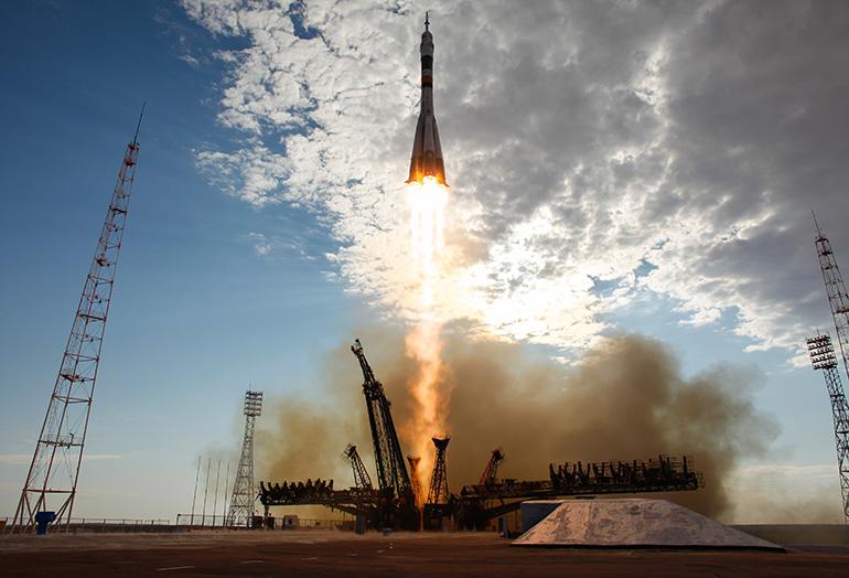 zapusk-rakety-nositelya