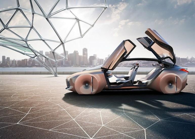 BMW Vision Next 100 (1)
