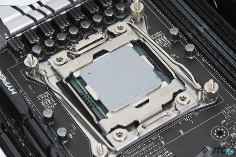 Intel_Core_i7-6950X_8