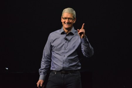 Apple продала более 1 миллиарда смартфонов iPhone