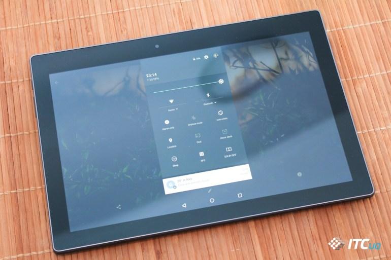 Lenovo Tab3 10 Business (10 of 12)